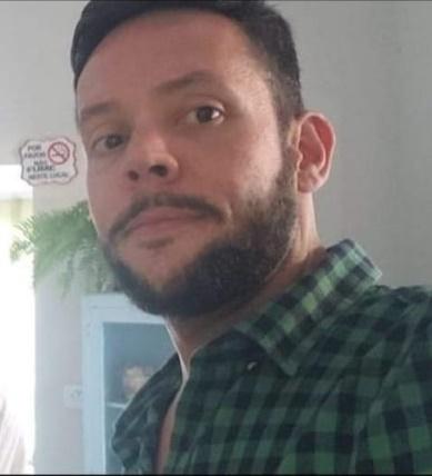 Motorista de caminhonete fica gravemente ferido em colisão no trevo de Osvaldo Cruz
