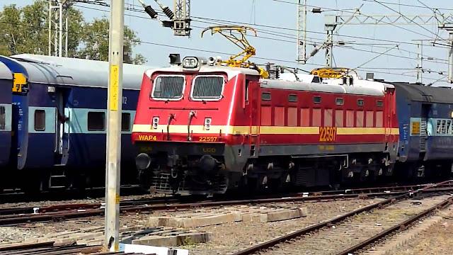 अफवाह से बांद्रा में उमड़ी भीड़ पर रेल मंत्रालय ने कहा, पूरे देश में 3 मई 2020 तक यात्री ट्रेनें रद्द कर दी गई