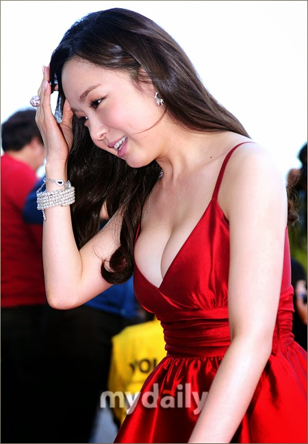 Yoo So Young (유소영) - (2) - 13th Jeonju International Film Festival (JIFF 2012) on 26 April 2012