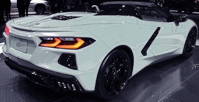 2020-corvette-c8-arctic-white