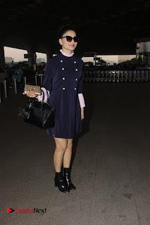 Bollywood Actress Model Urvashi Rautela Pos at Mumbai International Airport  0001.jpg
