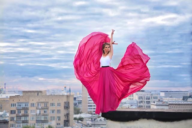 фотосессия на крыше в летящем платье Mydress stories ninelly