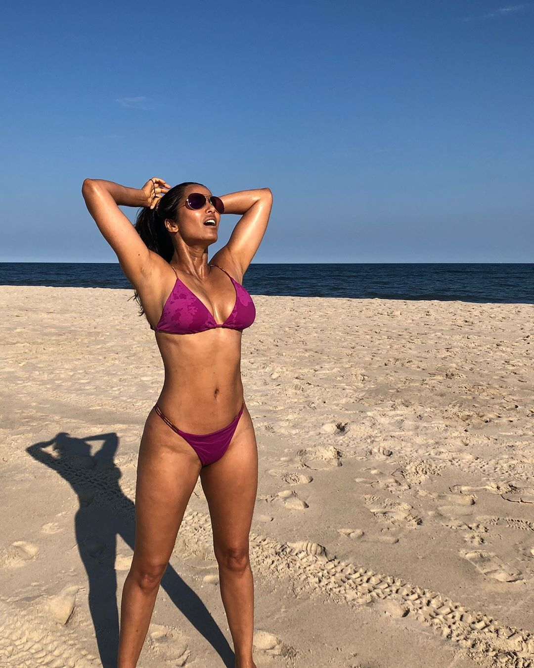 Padma Lakshmi shows off stellar bikini body at Hamptons beach