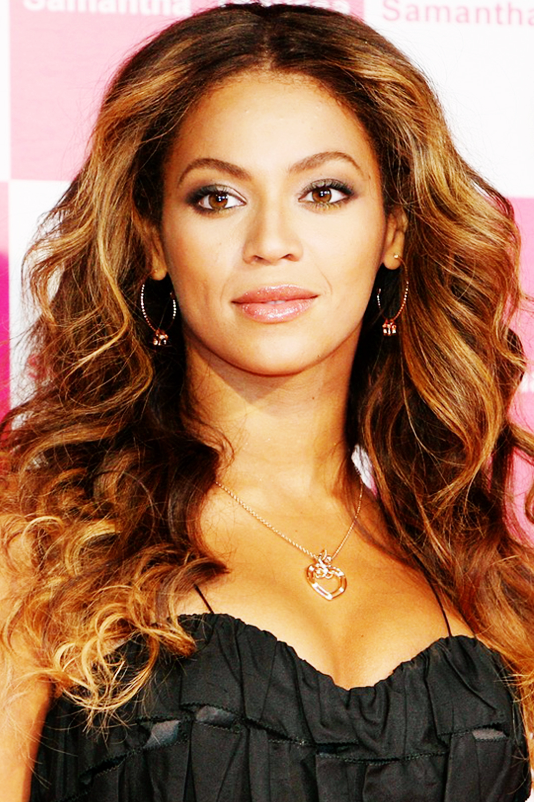 Beyonce Hot Pictures  Beyonce Wallpapers-4411