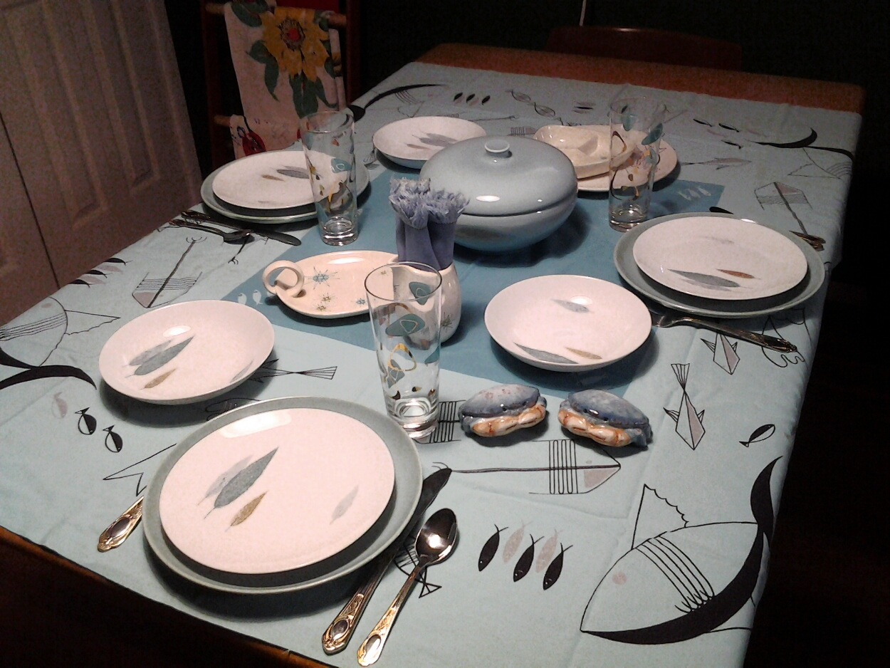 Mid-Century Modern Tablescape & Virginia Retro: Mid-Century Modern Tablescape