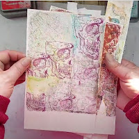 Quick Gelli prints ideas using oxide inks to create Halloween inspired backgrounds by Lou Sims