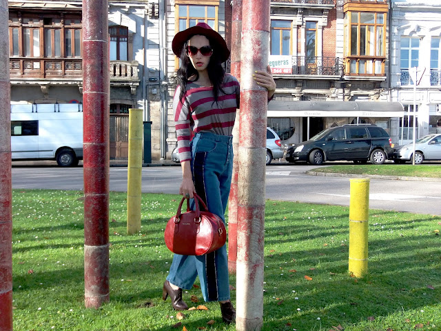 fashion, moda, look, outfit, blog, blogger, walking, penny, lane, streetstyle, style, estilo, trendy, rock, boho, chic, cool, casual, ropa, cloth, garment, inspiration, fashionblogger, art, photo, photograph, Avilés, asturias, hym, zara, jeans