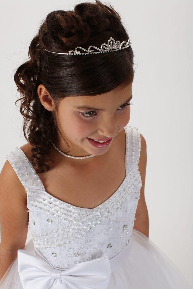Instrucciones peinados comunion con diadema Imagen De Tendencias De Color De Pelo - Peluquería May: Peinados de comunión para niñas
