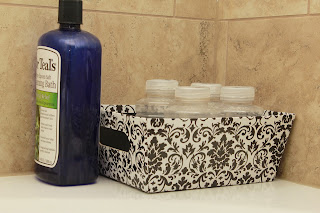 9 Tips for a Beautifully Organized Bathroom - www.lysandrajames.com