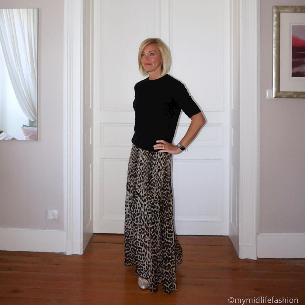 My midlife fashion, h and m short sleeve cashmere crew neck jumper, ganni leopard print pleated maxi skirt, french sole Henrietta glitter ballet pumps