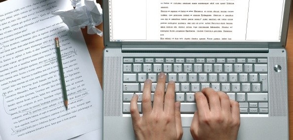 Daftar pekerjaan yang membutuhkan skill mengetik, menjadi penulis berita