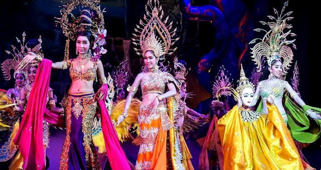 Cabaret di Pattaya