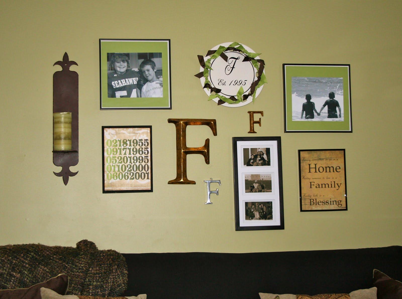 Interior Custom Designs: Wall Art Arrangements