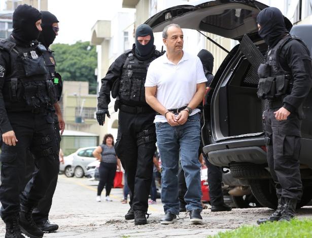 Sérgio Cabral já vai acumulando mais de 200 anos de prisão!!!