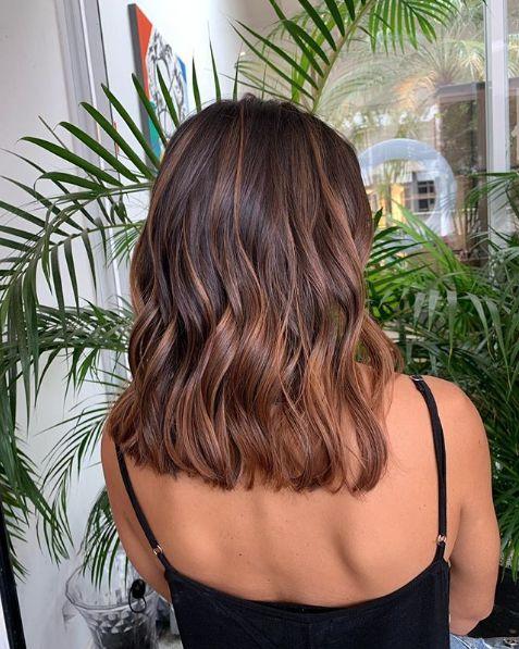 cabelo morena iluminada