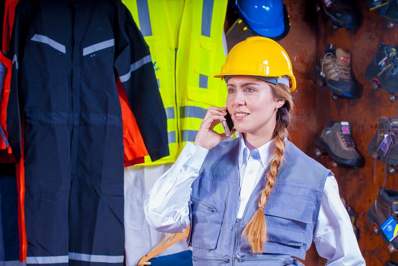 Supervisor Produksi Pabrik : Pengertian, Tugas, dan Tanggung Jawab