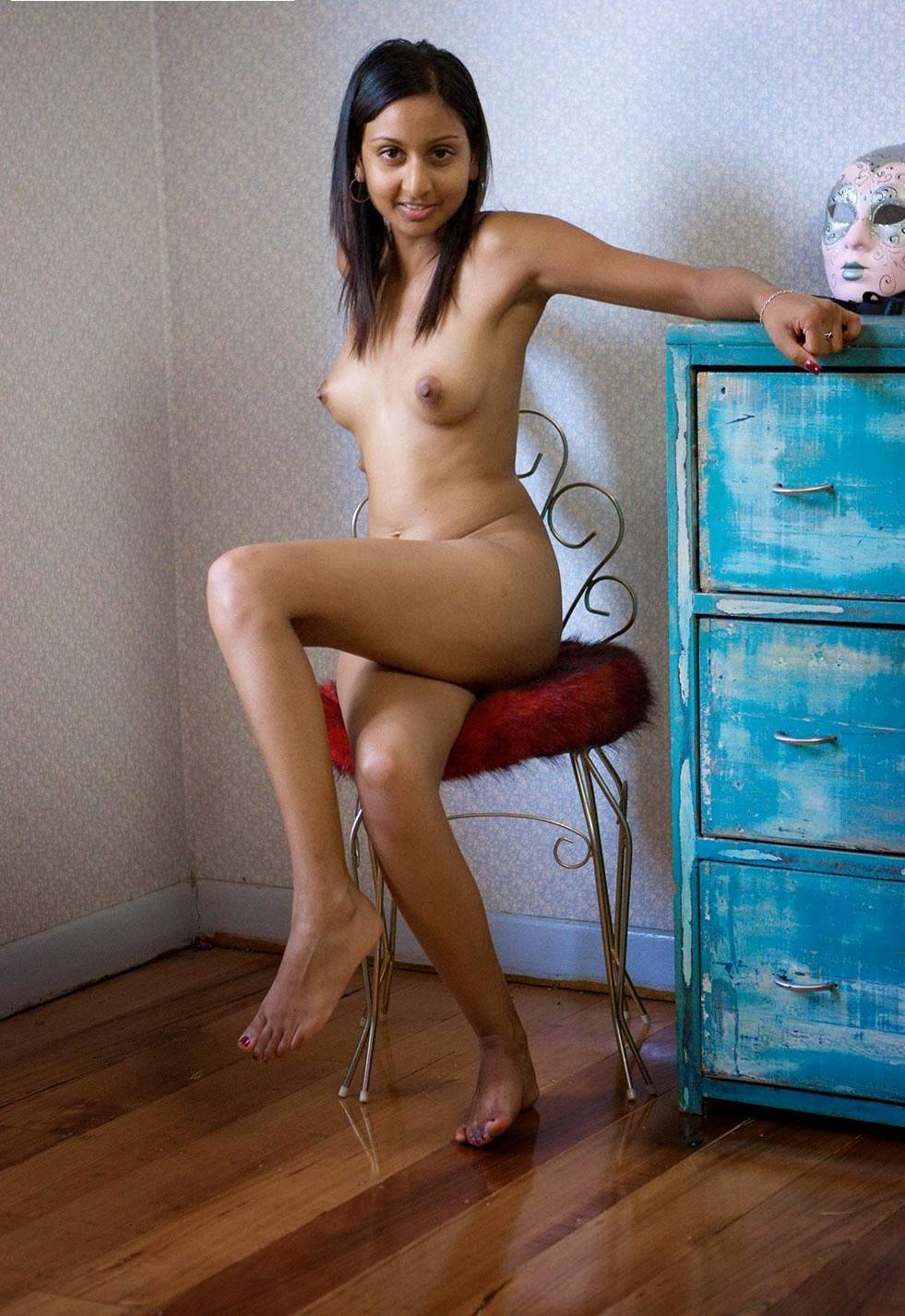 Zasha Nude 51