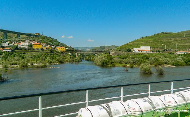 Passeio de barco pelo Rio Douro, Portugal