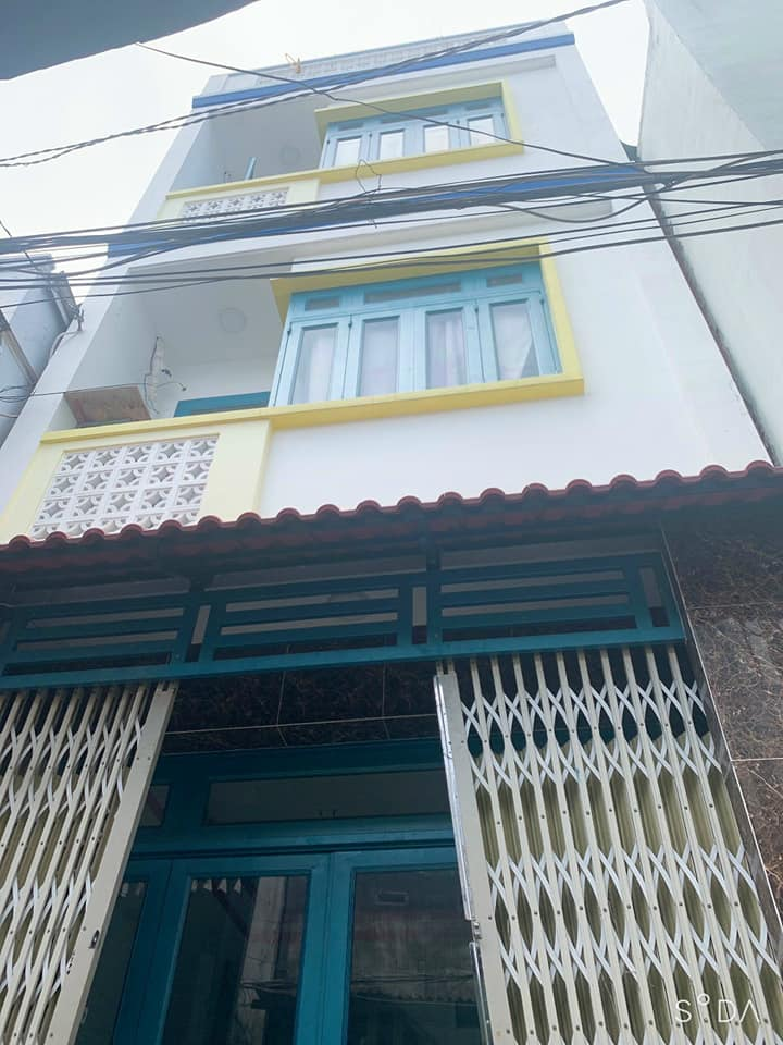 Bán nhà Dương Bá Trạc Quận 8. Dt 4,2x10m trệt 2 lầu sân thượng