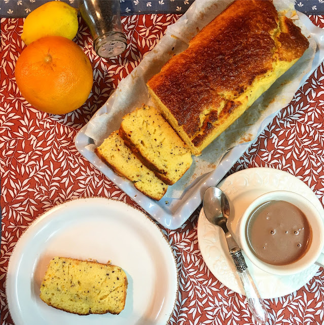 Plum Cake De Naranja Y Limón Con Semillas De Amapola