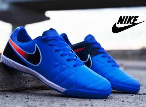 Beli Sepatu Futsal Pria Terbaru Di Lazada - Market Online 63ad937f87