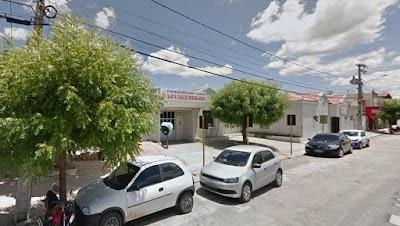 Paciente com Covid 19 foge de hospital em mototáxi, no interior do Ceará; ele pode ser preso
