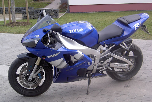 Yamaha YZF-R1 Top Speed (2000)  - MPH, KMPH & More