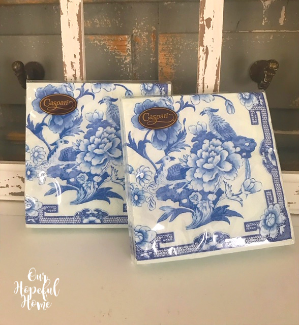 Caspari chinoiserie blue white cocktail napkins