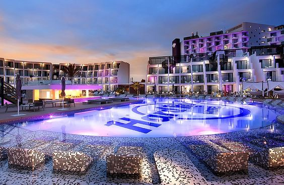 qué-hacer-en-ibiza-hard-rock-hotel