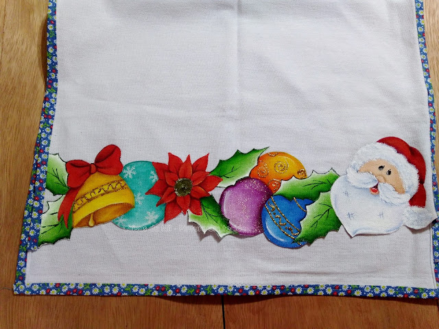 pano de copa de natal com barrado pintado