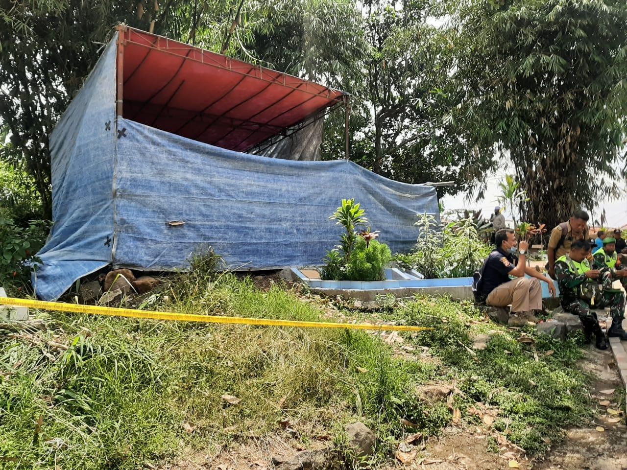 Polsek Sukaresmi Bongkar Makam Benjho, Ungkap Dugaan Pengeroyokan Yang Berujung Kematian