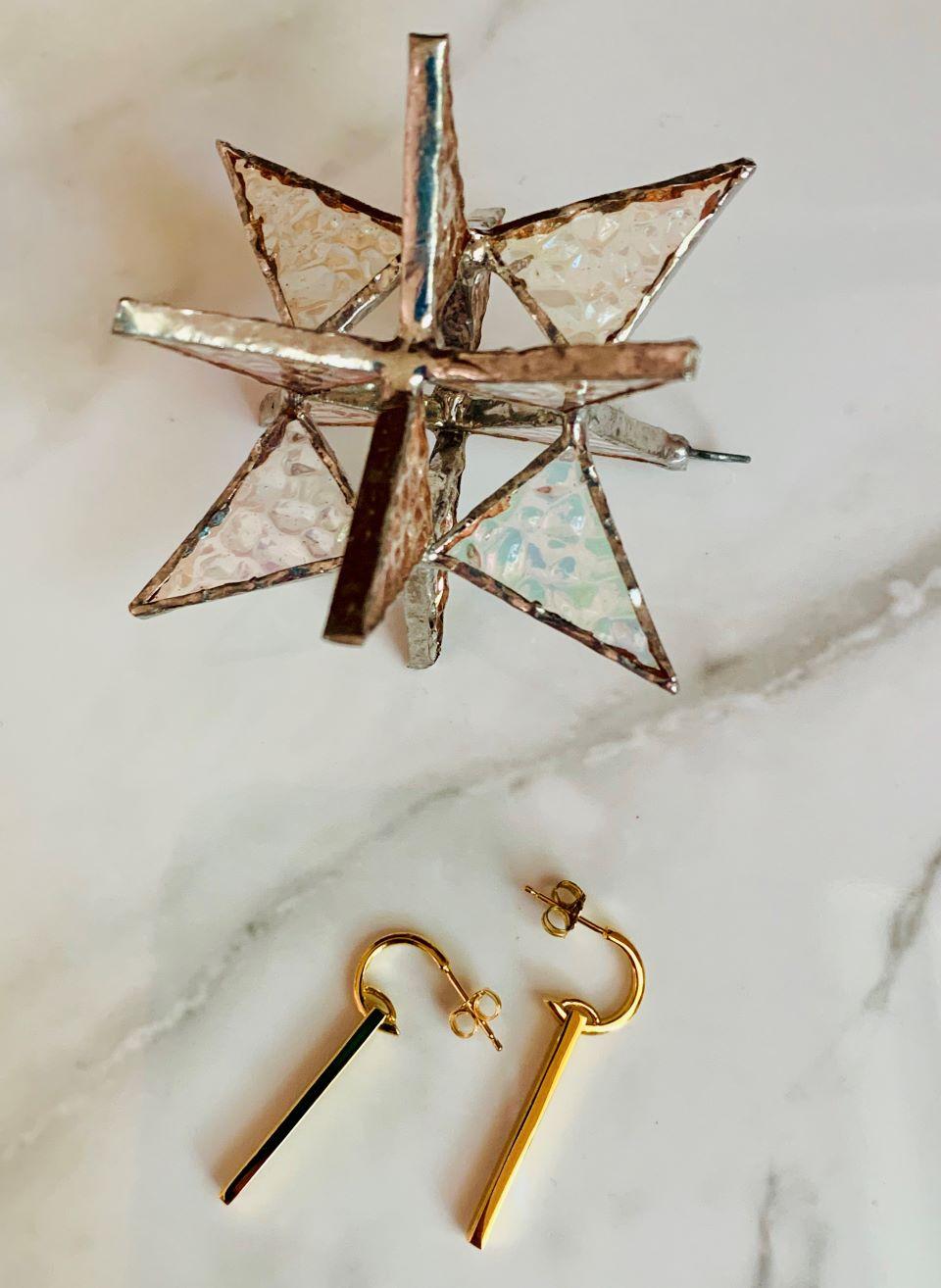 Gold bar Huggie earrings #auratenyc #sponsored