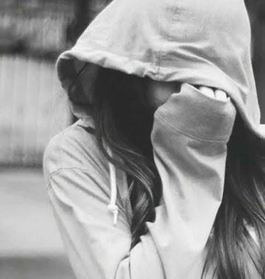 صور بنات حزينة اوى