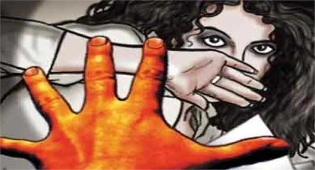 लोहारा : दहा वर्षाच्या मुलीवर चार जणांचा सामूहिक अत्याचार