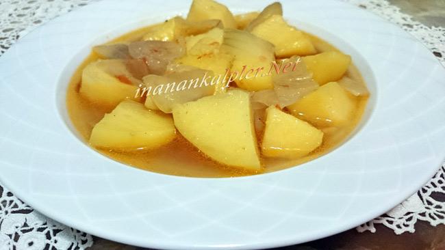 Et Sulu Sarı Patates Yemeği
