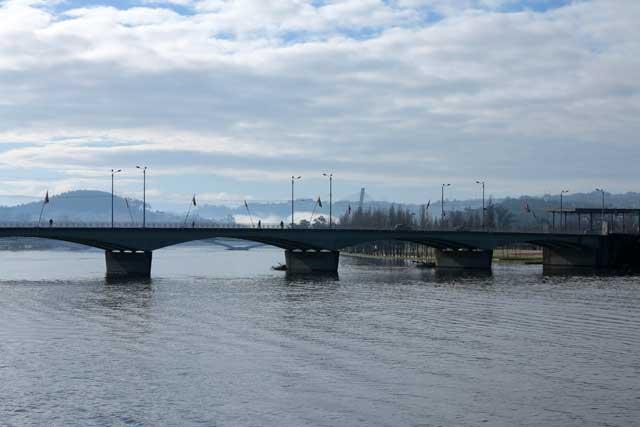 Ponte de Santa Clara spans the Rio Mondego
