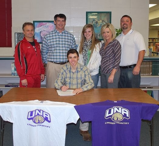 2b120e410027 He will be starting his career with UNA in the fall of 2014.Tyler Helms  signs with the University of North Alabama. His hard work and determination  have ...