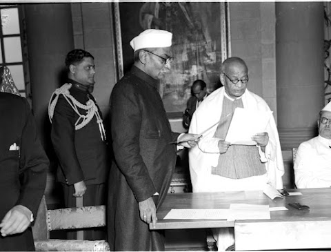 Today That Day - 05-12-1949 Resolution on Hindi