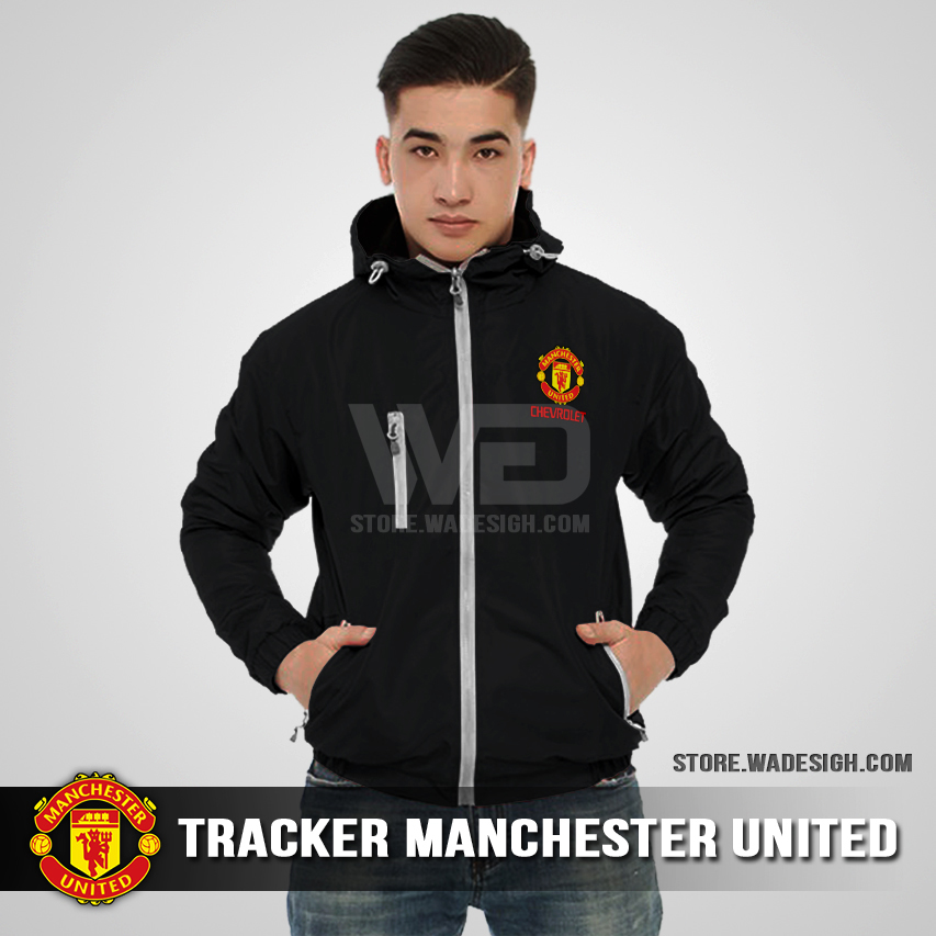 Jaket Tracker Waterproof Manchester United Hitam