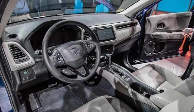 2017 Honda Brio Interior