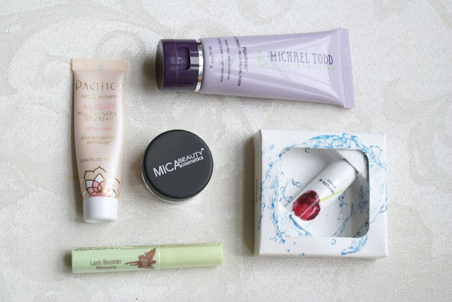 Makeup With Tea, Beauty bloggers, Subscription Bags, Beauty,