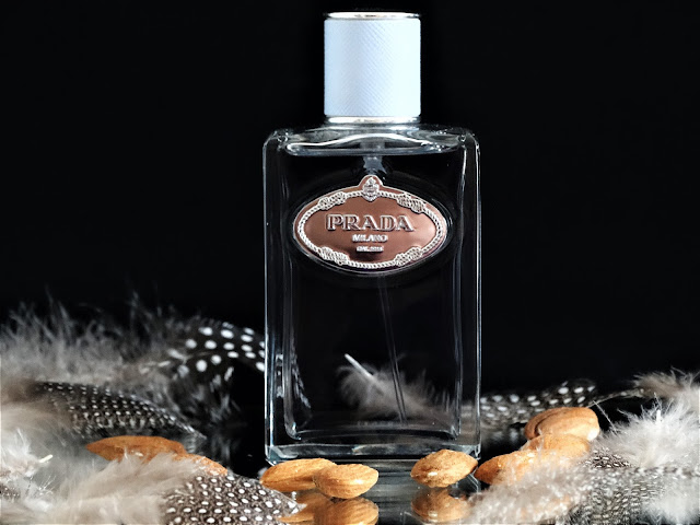 amande prada avis, parfum à l'amande, almond fragrance, alomond perfume, parfum femme gourmand, parfum prada revue
