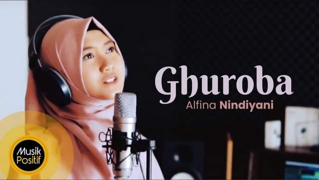 Lirik Lagu Ghuroba - Alfina Nindiyani dan Terjemahan