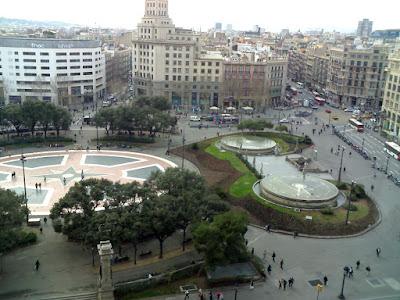 www.viajaportodoelmundo.com Vacaciones en  Plaza Catalunya Barcelona