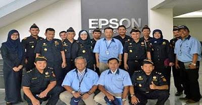 Lowongan Kerja Lulusan Min SMA SMK D3 S1 S2 Jobs : Product Marketing Consumer Staff (PMCS), Parts Engineering Staff, Promoter RIPS & LIJ PT Indonesia Epson Industry