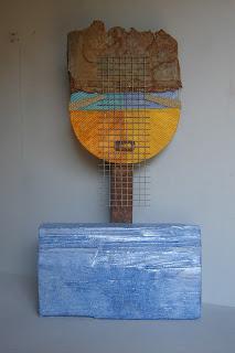 Escultura con técnica de ensamblaje, hecha de materiales pobres - ImaPerezAlbert