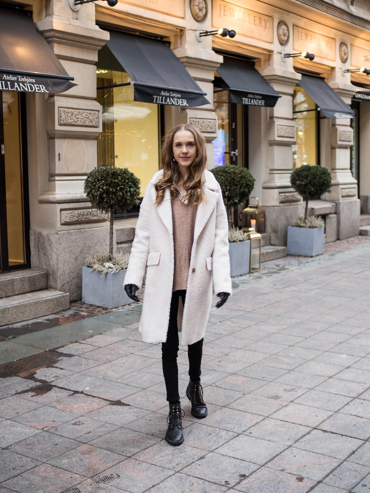 Kuinka pukea valkoinen karvatakki // How to wear white teddy coat
