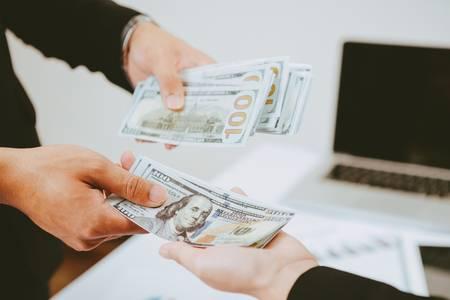 مدينة تولسا الأميريكية تدفع أكثر من 10,000 دولار لأي شخص عربي بهذه الشروط البسيطة