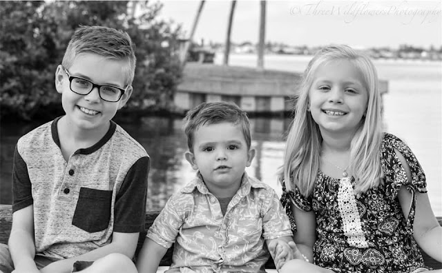 Three Wildflowers Photography in Merritt Island Family Portraits