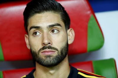 Manchester United 'offer' Yannick Carrasco transfer escape route